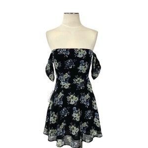Lucca- Yellow Floral Black Dress Size Small